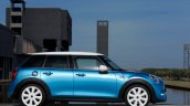 2015 Mini Five-Door press shot side angle