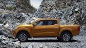 2015 Nissan Navara side offical image