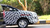 2016 Toyota Innova India spied front end