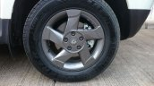 Renault Duster AWD front quarter alloy
