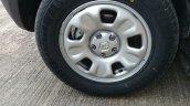 Renault Duster AWD front quarter wheel