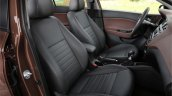 2015 Hyundai i20 Europe press shot front seats