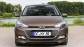 2015 Hyundai i20 Europe press shot front