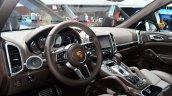 2015 Porsche Cayenne interior at the Paris Motor Show 2014