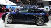 2015 Porsche Cayenne side at the Paris Motor Show 2014