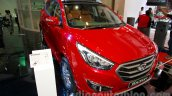 Hyundai Tucson front three quarters left at the 2014 Indonesia International Motor Show