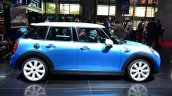 Mini 5 door at the 2014 Paris Motor Show