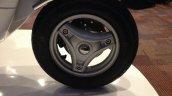 Vespa Elegante front wheel