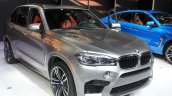 2015 BMW X5 M front three quarters at the 2014 Los Angeles Auto Show
