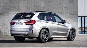 2015 BMW X5 M rear quarters