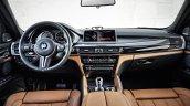 2015 BMW X6 M dashboard