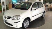 2015 Toyota Etios Liva facelift front quarter