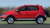 2015 VW CrossFox side