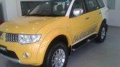 Mitsubishi Pajero Sport dual-tone front three quarter