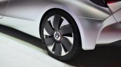 Renault EOLAB concept wheel at the 2014 Paris Motor Show