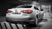 Hyundai Aslan rear