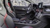 Mercedes CLA 45 AMG Shooting Brake interior