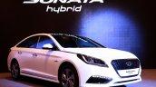 2015-Hyundai-Sonata-Hybrid-front-three-quarter-launch