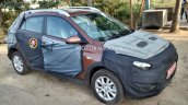 2015 Hyundai i20 Cross side (1) Spied