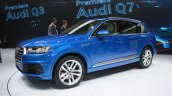 2016 Audi Q7 front quarters at the 2015 Detroit Auto Show