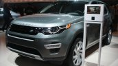 Land Rover Discovery Sport front three quarter at the 2015 Detroit Auto Show