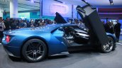New Ford GT profile at the 2015 Detroit Auto Show