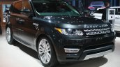 Range Rover Sport front three quarter at the 2015 Detroit Auto Show