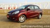 Updated Honda Amaze India front quarter