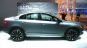 Volvo S60 Cross Country side at the 2015 Detroit Auto Show