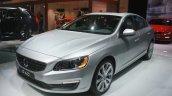 Volvo S60 Inscription front three quarters at the 2015 Detroit Auto Show