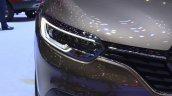 2015 Renault Kadjar headlight at 2015 Geneva Motor Show