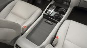 2016 Honda Pilot center console press shots