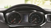 VW Jetta facelift cluster press shots