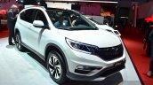 2015 Honda CR-V front three quarter view at 2015 Geneva Motor Show