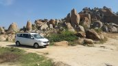 2015 Renault Lodgy Press Drive side quarter scenic