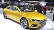 2015 Volkswagen Sport Coupe Concept GTE front three quarter(2) view at 2015 Geneva Motor Show