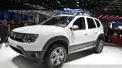 Dacia (Renault) Duster AWD 125 TCe front three quarter view at 2015 Geneva Motow Show