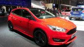 Ford Focus Red Edition front three quarters at the 2015 Geneva Motor Show