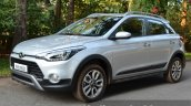 Hyundai i20 Active Diesel front quarter angle Review