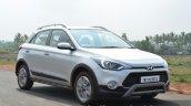 Hyundai i20 Active front quarters