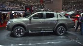 Mitsubishi L200 side profile at the 2015 Geneva Motor Show