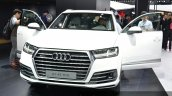 Audi Q7 e-tron 2.0 TFSI quattro grille and headlamp at Auto Shanghai 2015