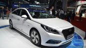 Hyundai Sonata Hybrid front three quarter at Auto Shanghai 2015