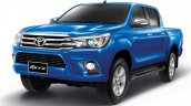 2016 Toyota Hilux Revo front quarter press shots