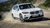 2016 BMW X1 front quarter