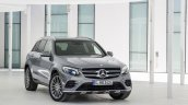 2016 Mercedes GLC front quarter unveiled press images