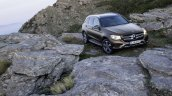 2016 Mercedes GLC standard front quarter unveiled press images