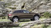 2016 Mercedes GLC standard side unveiled press images