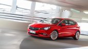 2016 Opel Astra driving leaked