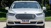 2016 Ford Taurus front spotted in the flesh post unveil